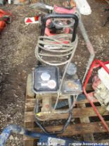 Lot 958 - PRESSURE WASHER
