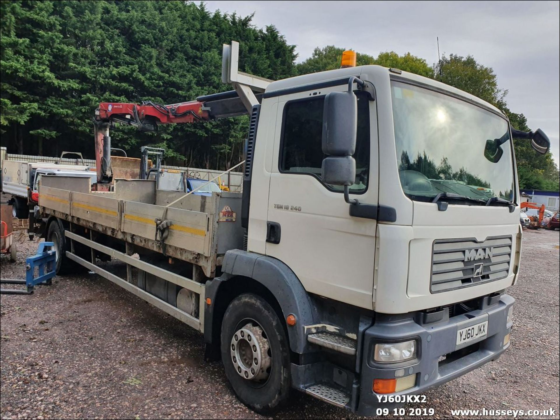 Lot 1510 - 2010 MAN TGM CRANE LORRY