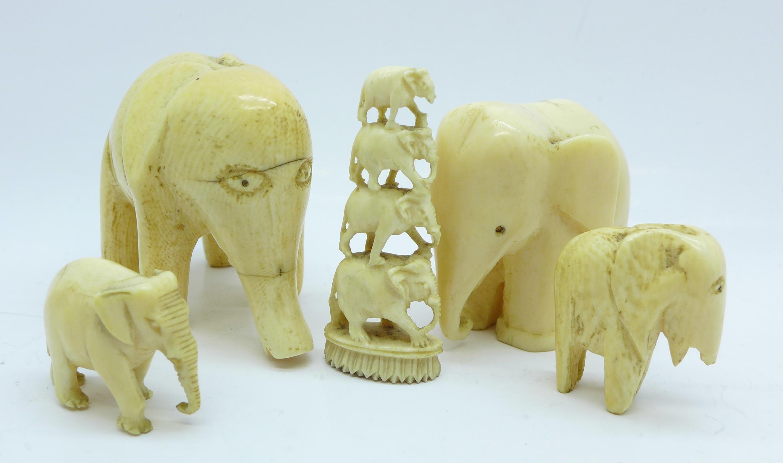 Lot 642 - Five carved ivory elephant figures