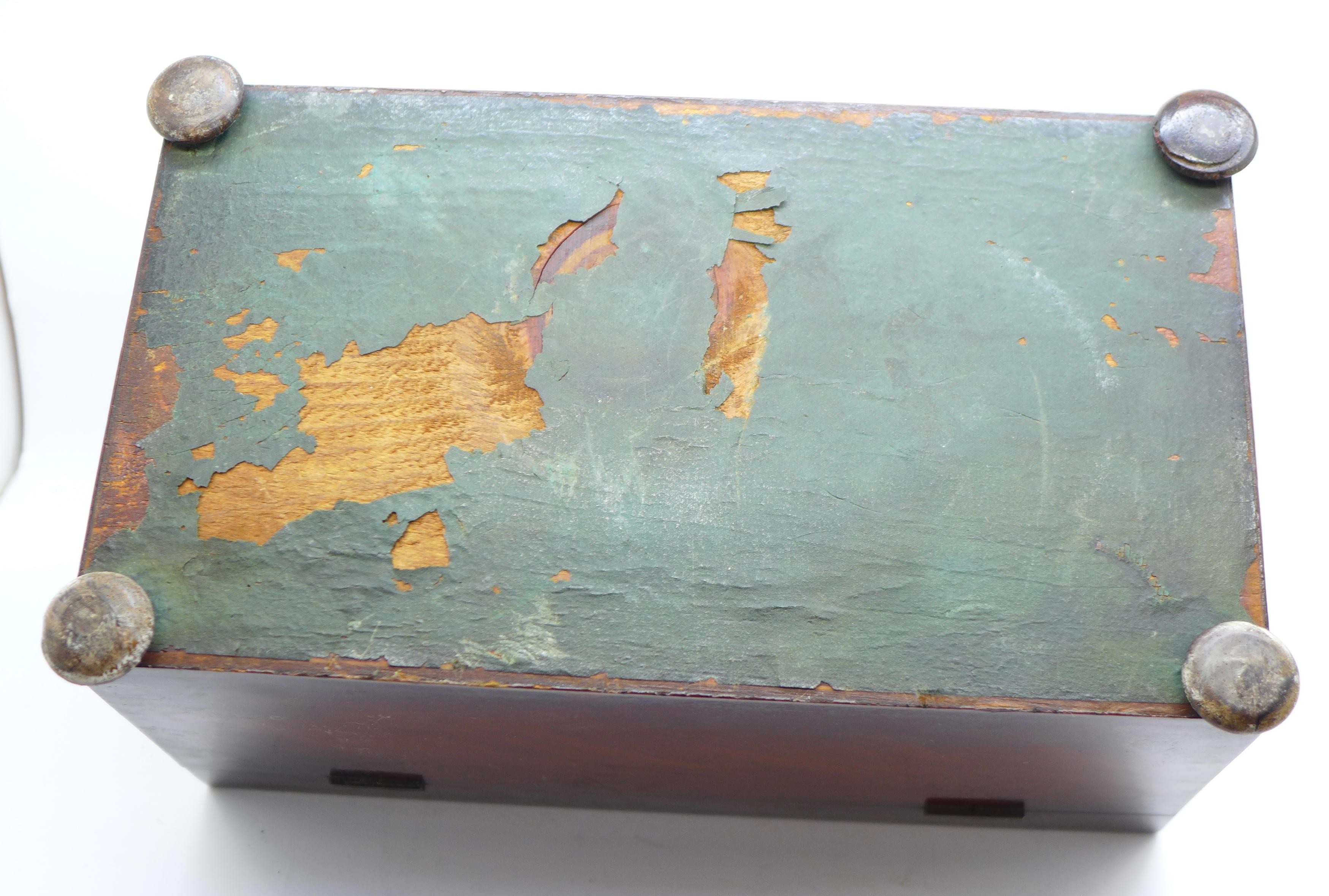 Lot 616 - A Regency tea caddy with glass jar