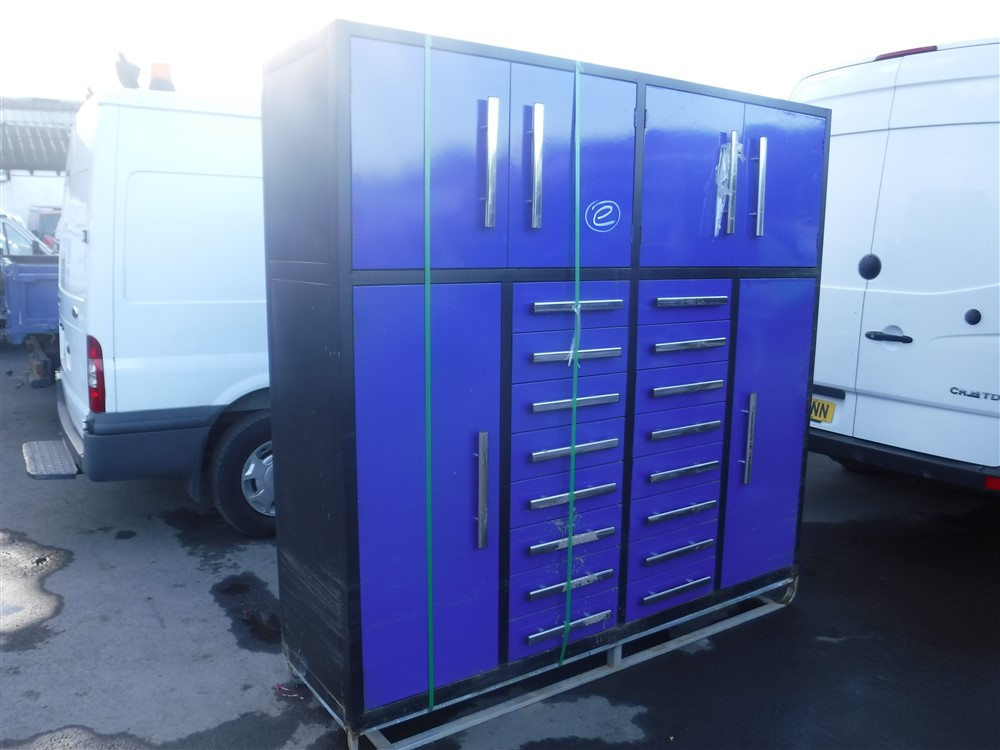 Lot 1167 - BLUE TOOL BOX (E) [+ VAT]
