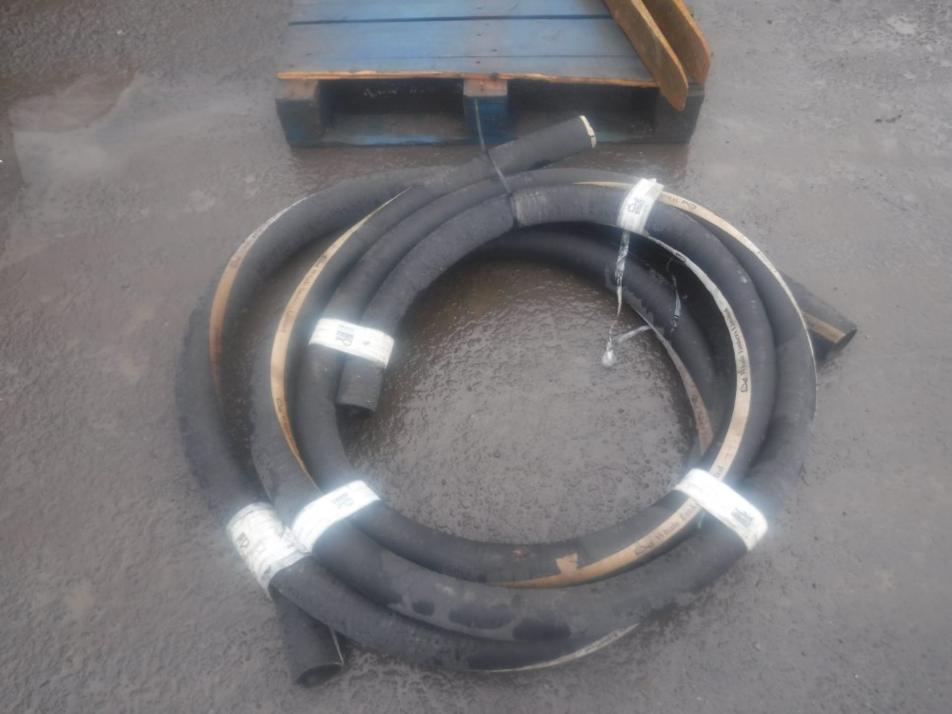 """Lot 1123 - APPROX 10M WHALE TANK 3"""" PIPE (DIRECT UNITED UTILITIES WATER) [+ VAT]"""