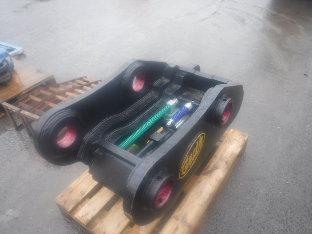 Lot 1117 - GEITH FULLY AUTOMATIC QUICK HITCH (TO SUIT 50 TON M/C ON 110MM PIN) [NO VAT]