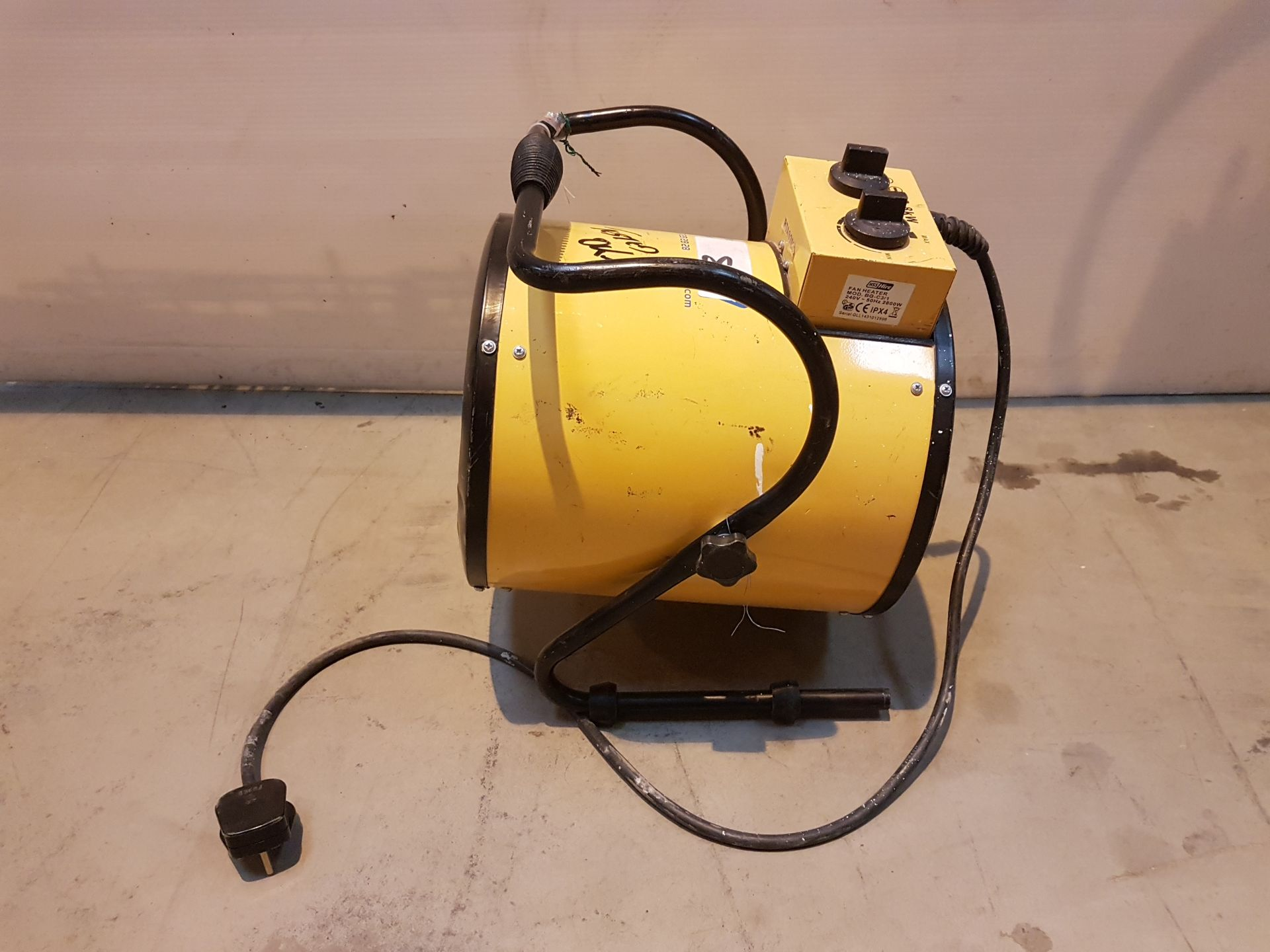 Lot 1 - RETAIL FAN HEATER 2.8KW RTAS2596, working