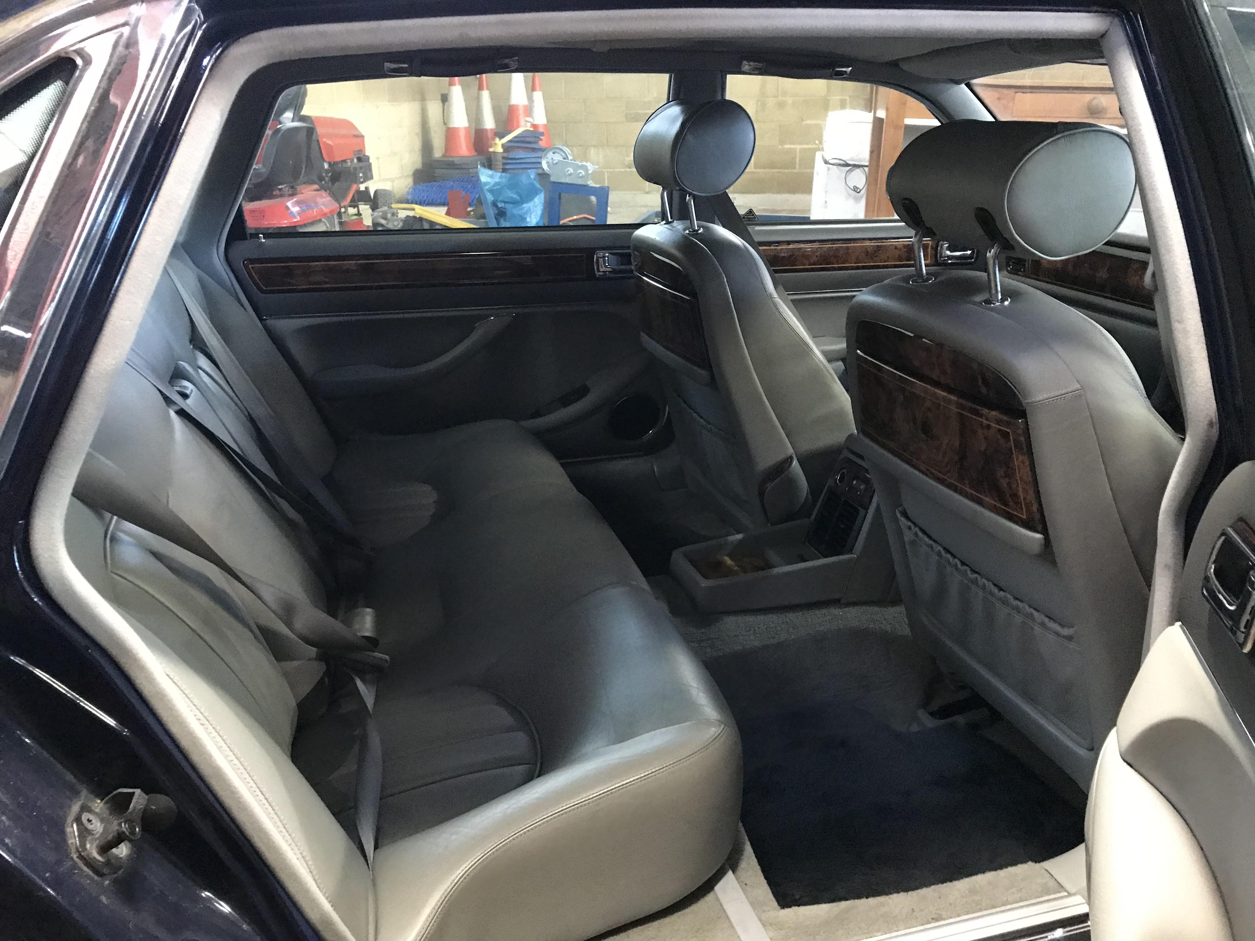 Lot 308b - A Daimler Six LWB. 4.0litre. Automatic. 1997. Reg.