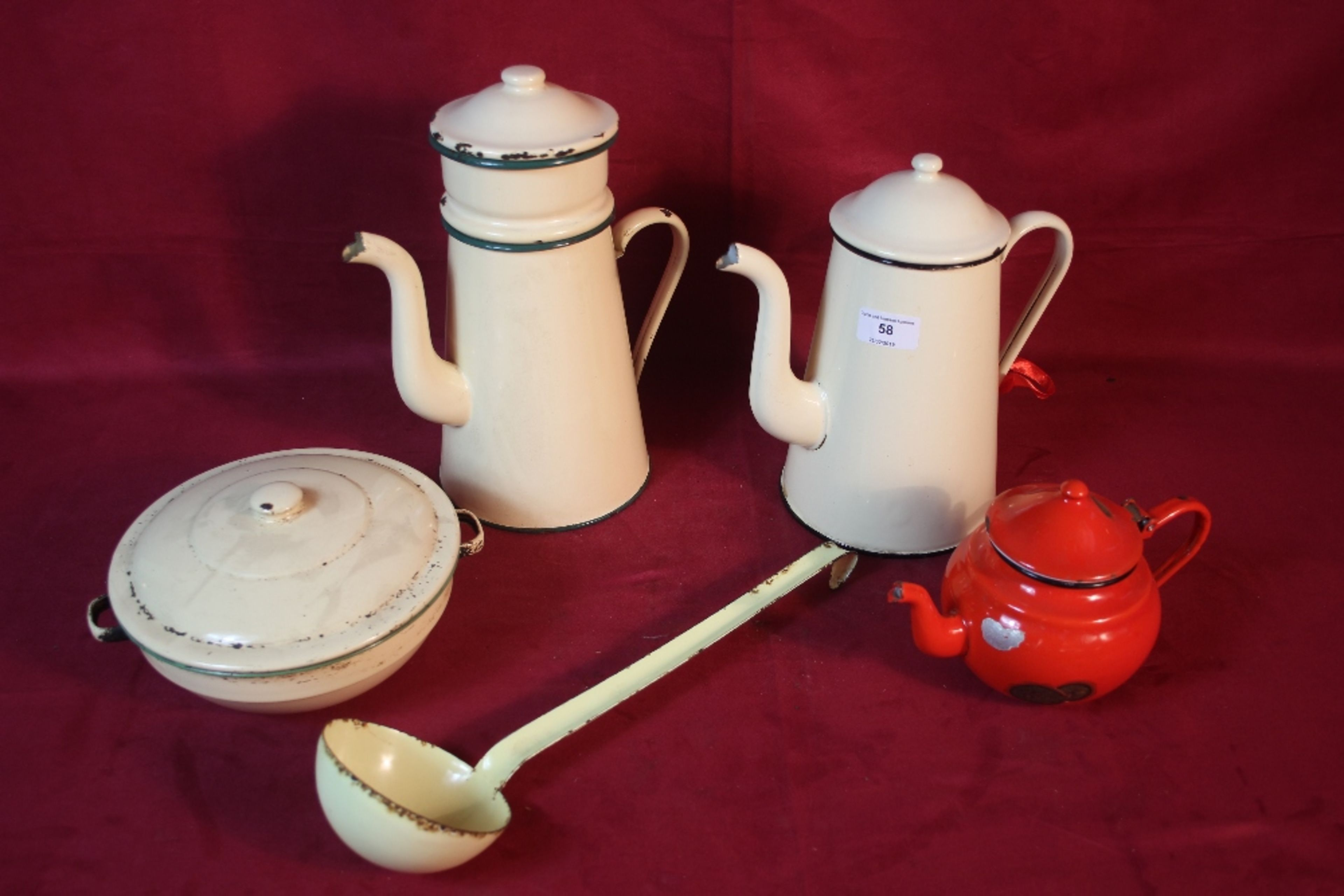 Lot 58 - A quantity of enamelware to include two jugs,a lad