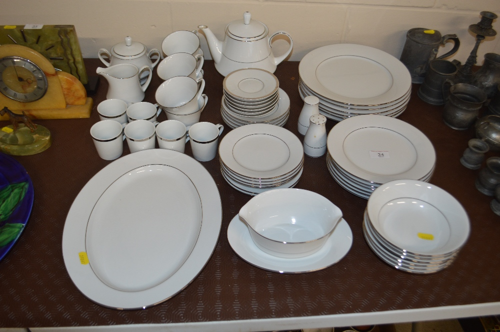 "Lot 24 - A quantity of Noritake ""Regency Silver"" dinner, te"