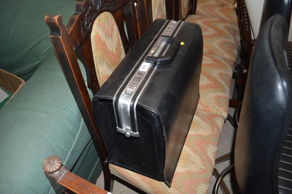Lot 428 - A Cavolet briefcase