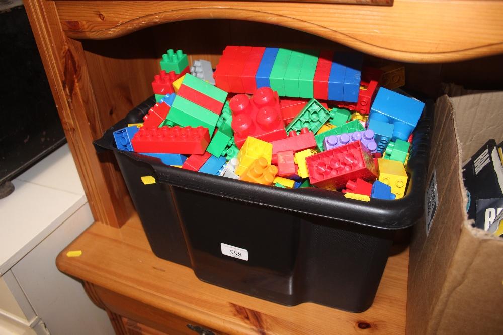 Lot 558 - A box of Mega Blocks