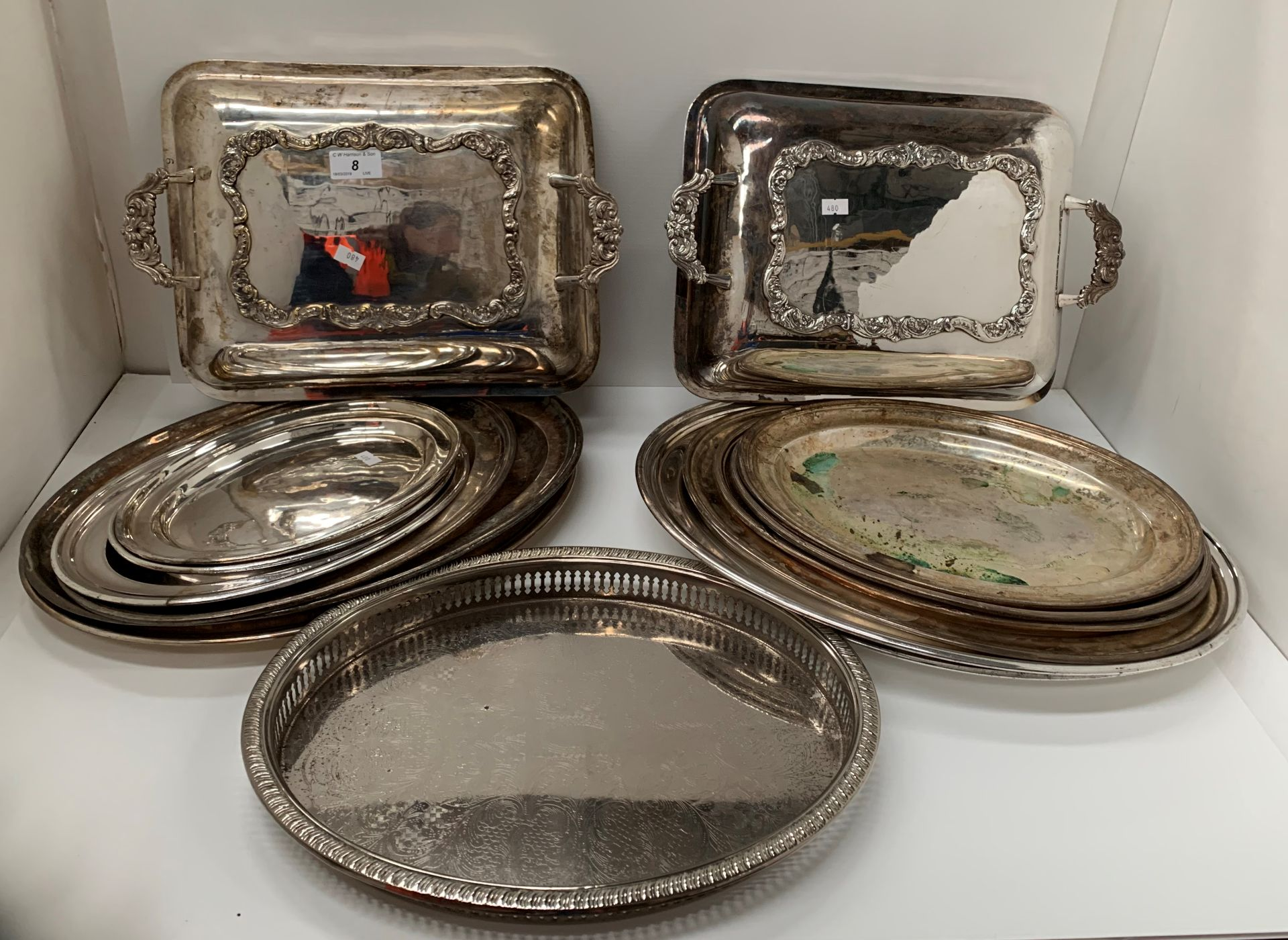 Lot 8 - A quantity of plated oval platters,