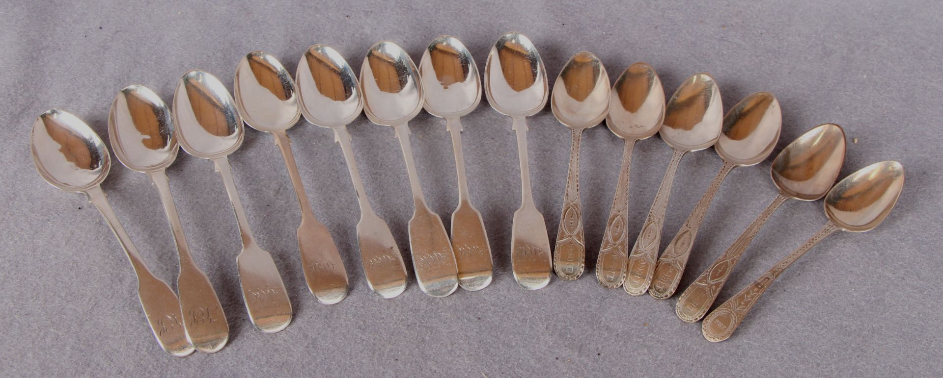 Lot 43 - Silver teaspoons comprising a set of six fiddle pattern, London 1837,
