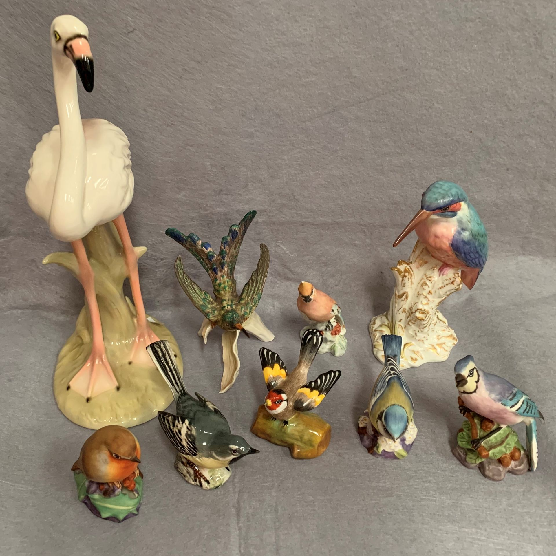 Lot 29 - 9 x ceramic bird figurines by Royal Belvedere, Royal Worcester,