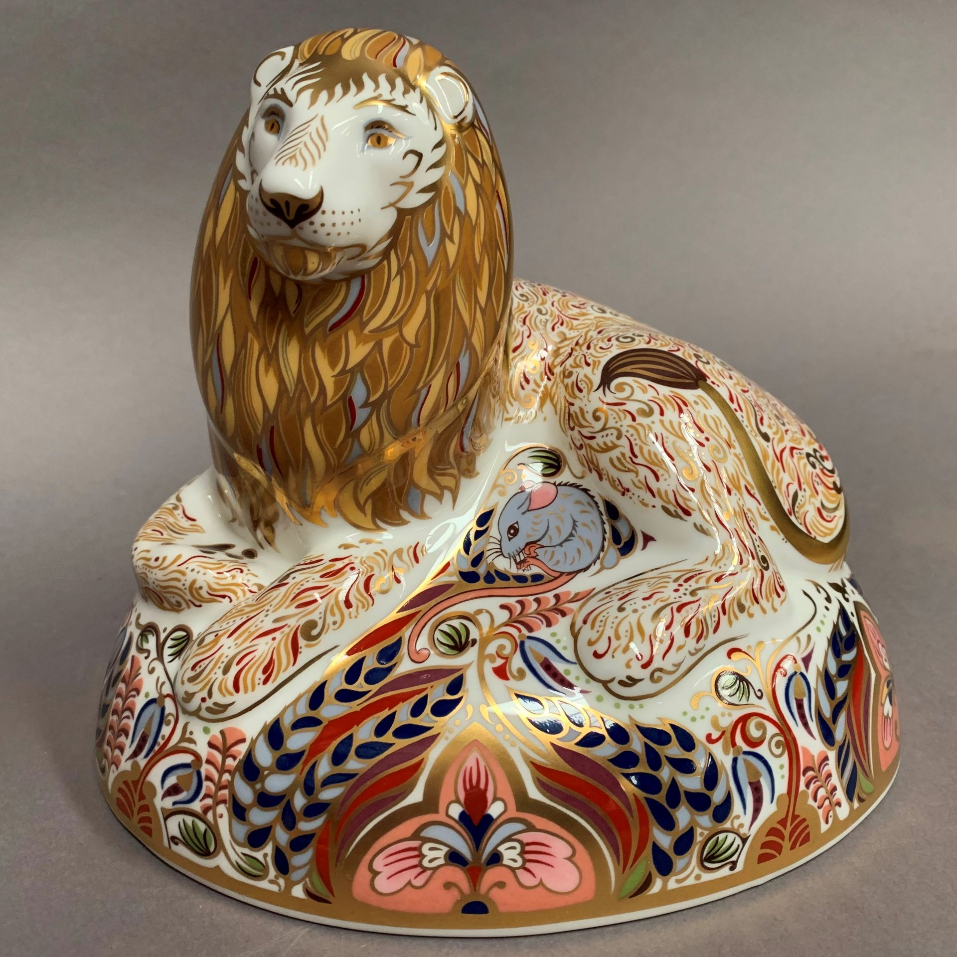 Lot 11 - Royal Crown Derby paperweight modelled as a lion, LX,