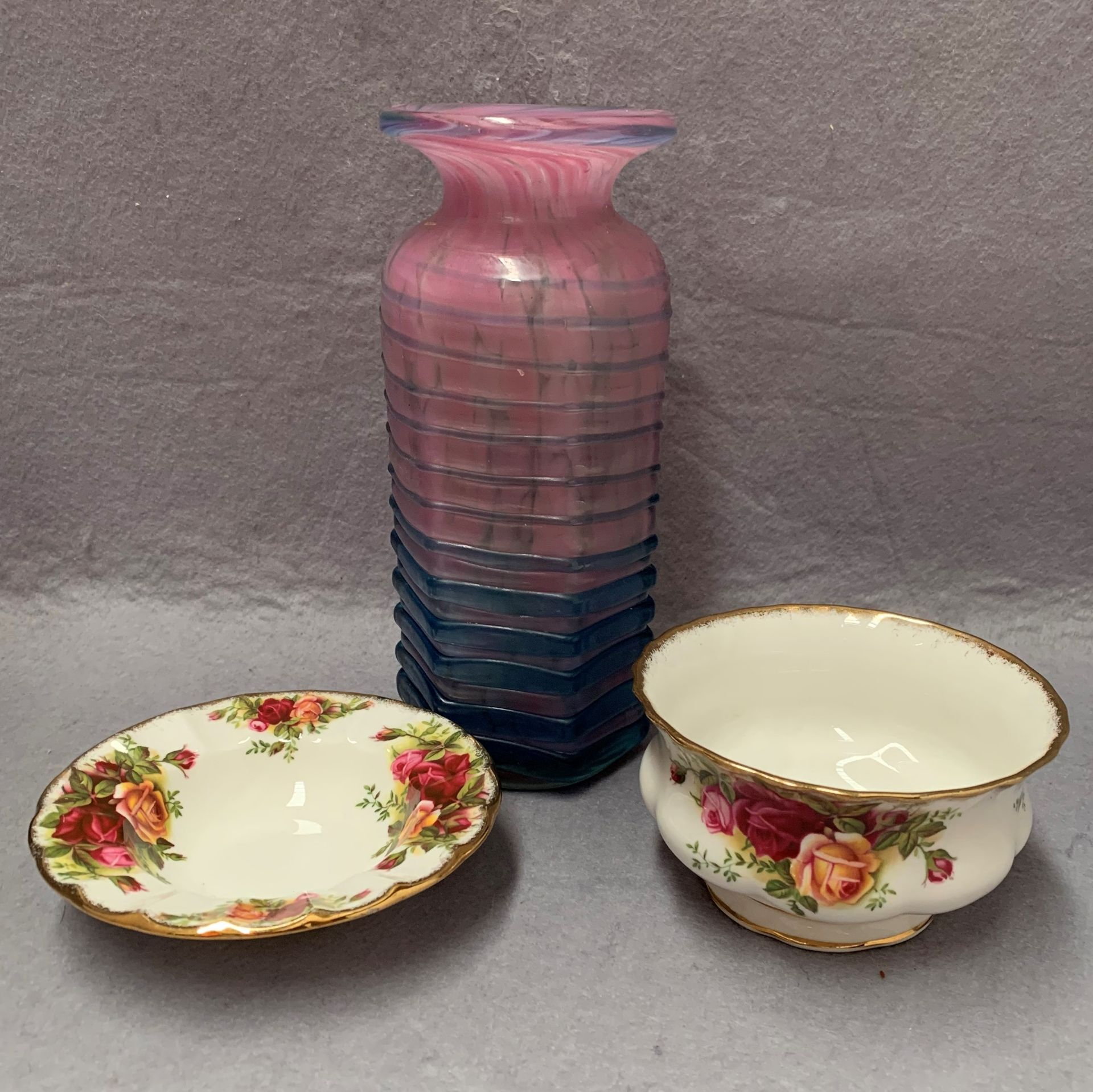 Lot 43 - Mdina vase, ribbed, graduating from pink to blue,