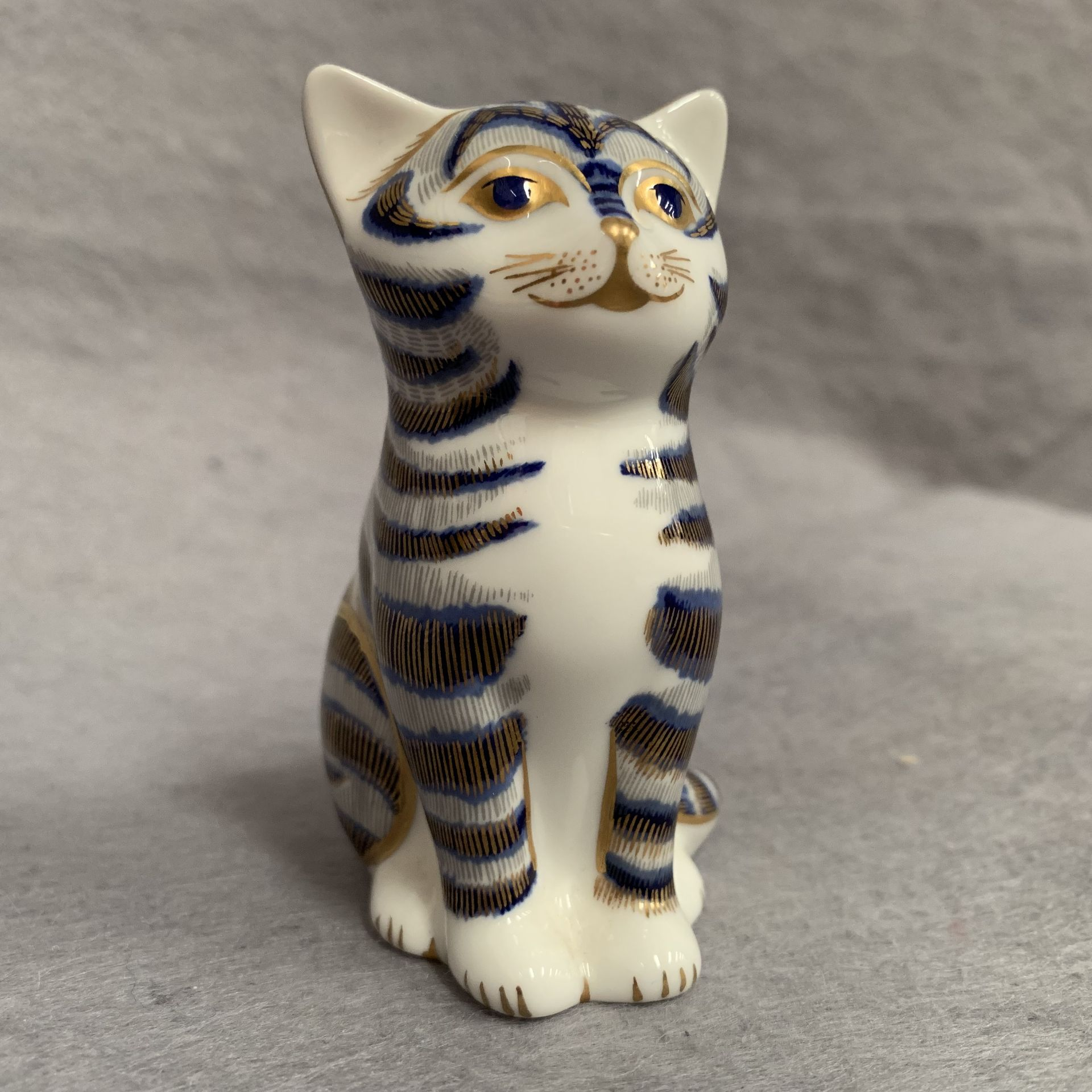 Lot 18 - Royal Crown Derby paperweight modelled as a cat, LVII,