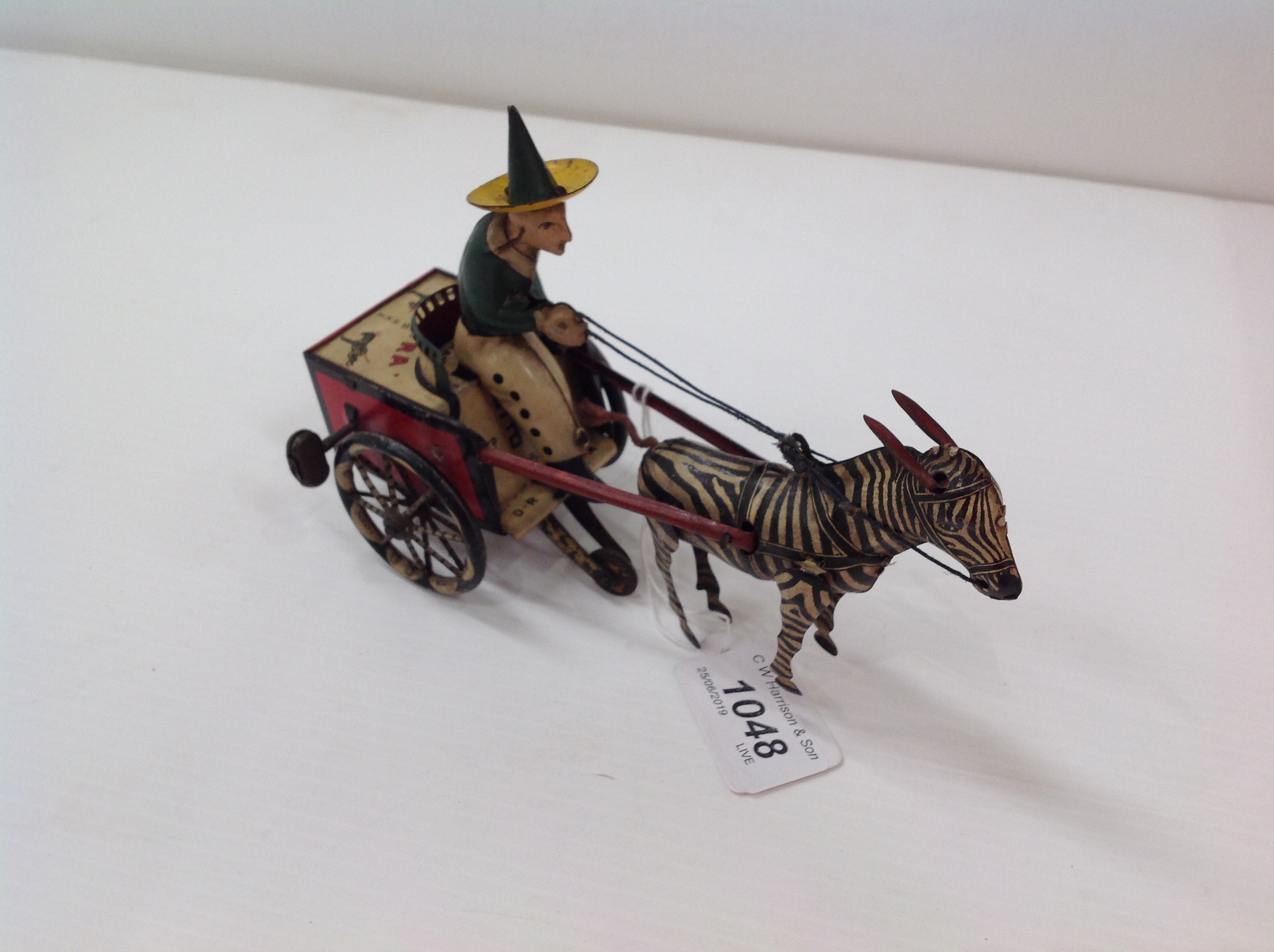 Lot 1048 - A Lehmann 752 lithograped Zikra Zebra cart complete with key - unboxed