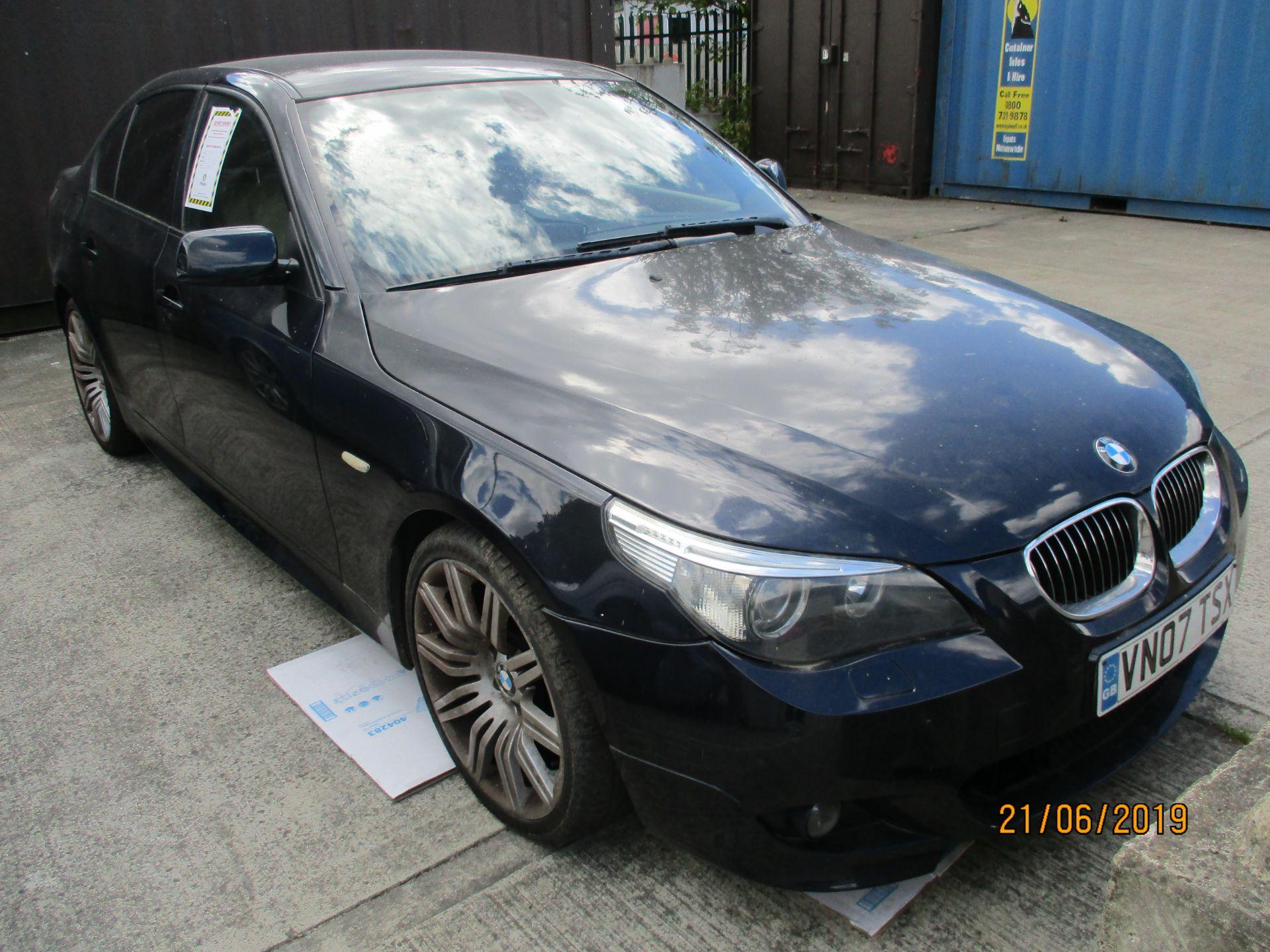 Lot 3 - BMW 530 DM SPORT automatic 4 door saloon - diesel - black Reg. No: VN07 TSX Rec.