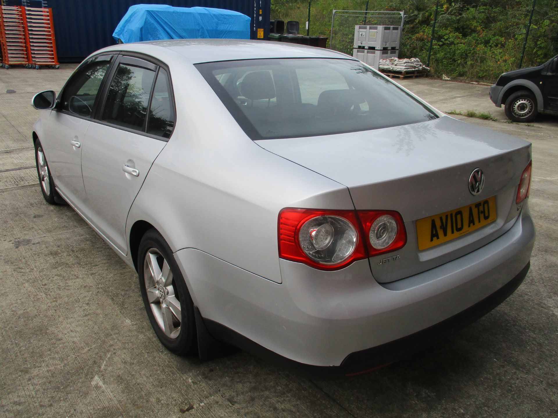 Lot 1G - VW JETTA 1.