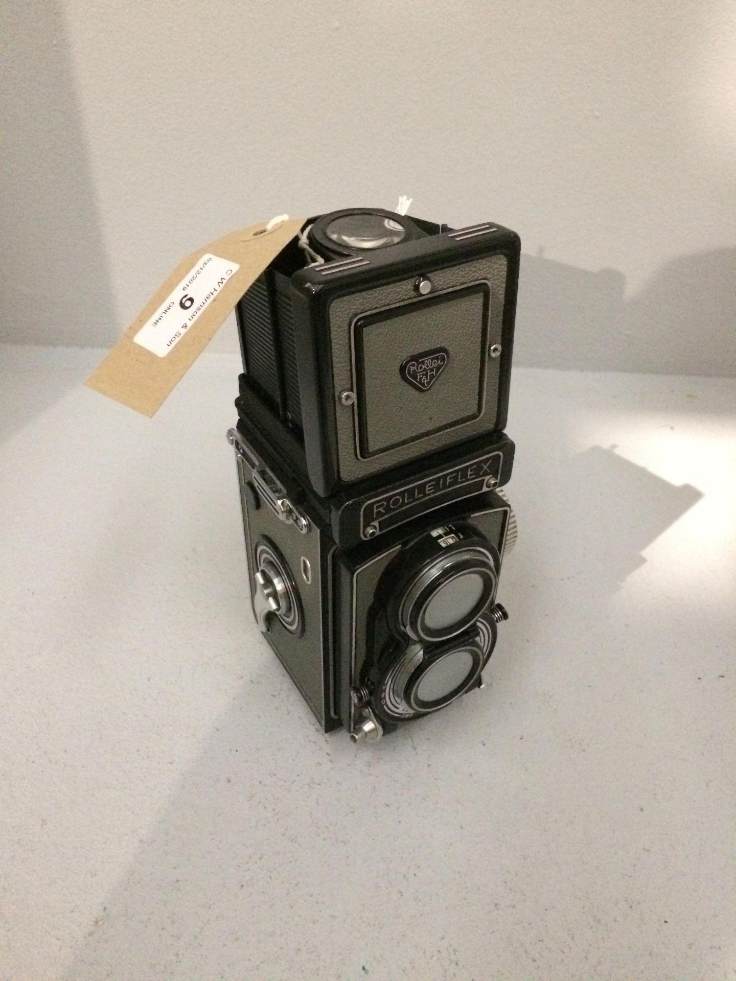 Lot 9 - Rolleiflex Franke & Heidecke T2133962 camera,