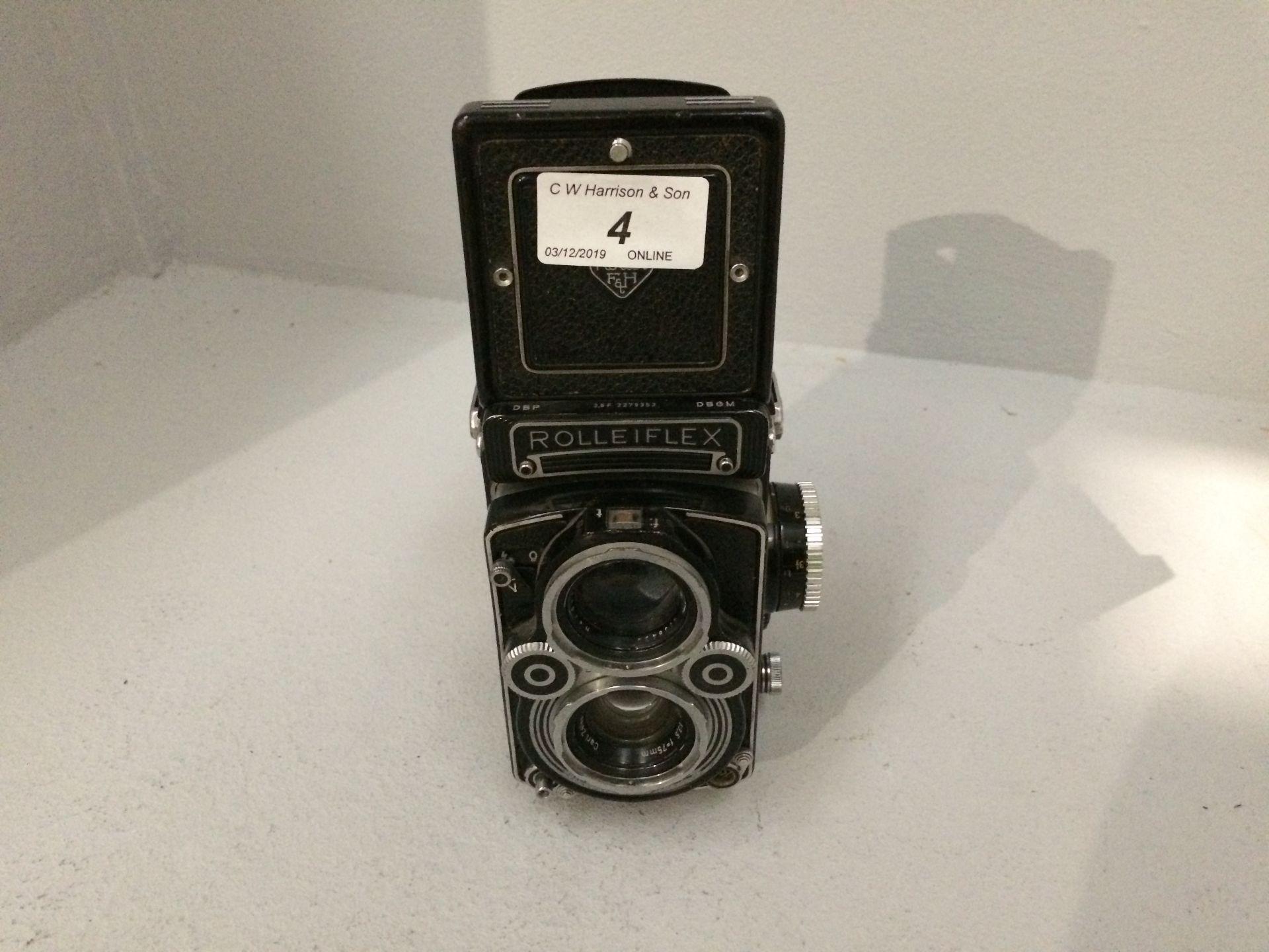 Lot 4 - Rolleiflex Franke & Heidecke film camera, 1..
