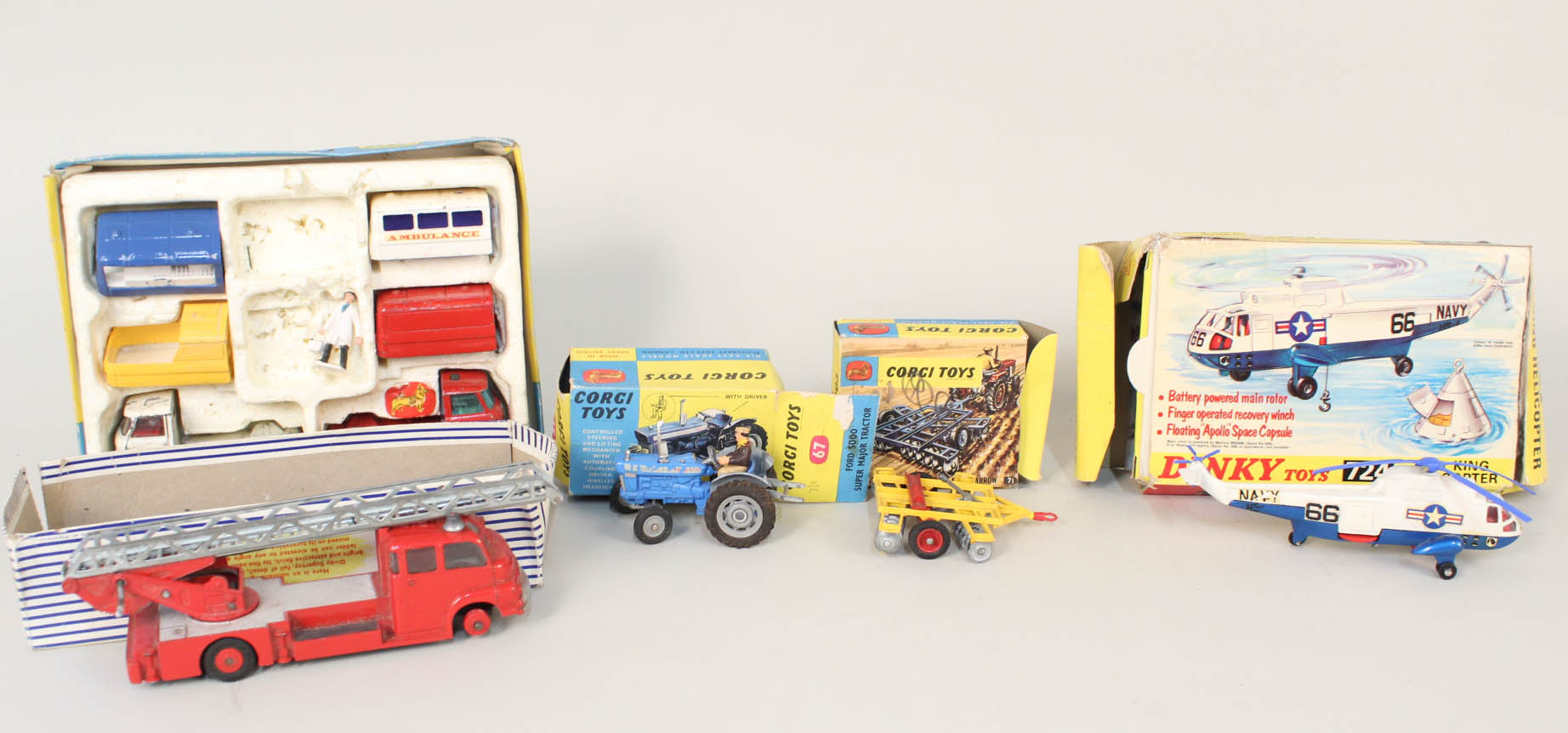 Lot 19 - Boxed Corgi GS24 part constructor set, Dinky 956 fire engine, Corgi 47 Ford 500 tractor,