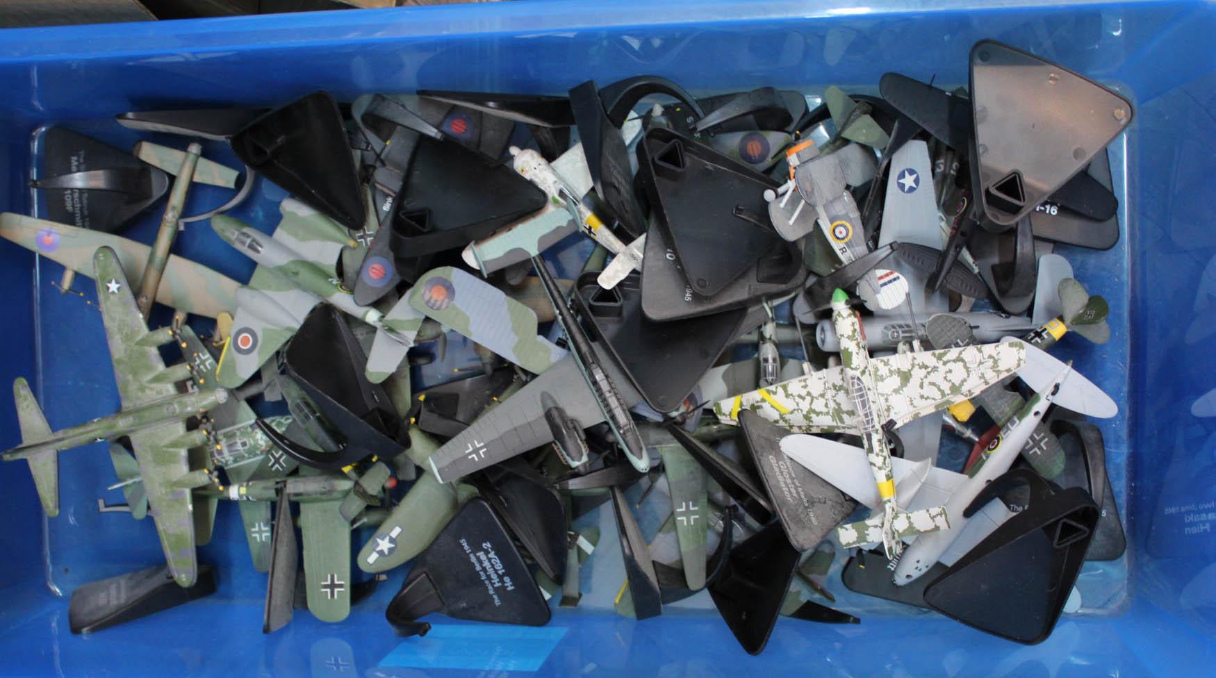 Lot 26 - A quantity of die cast model aircraft