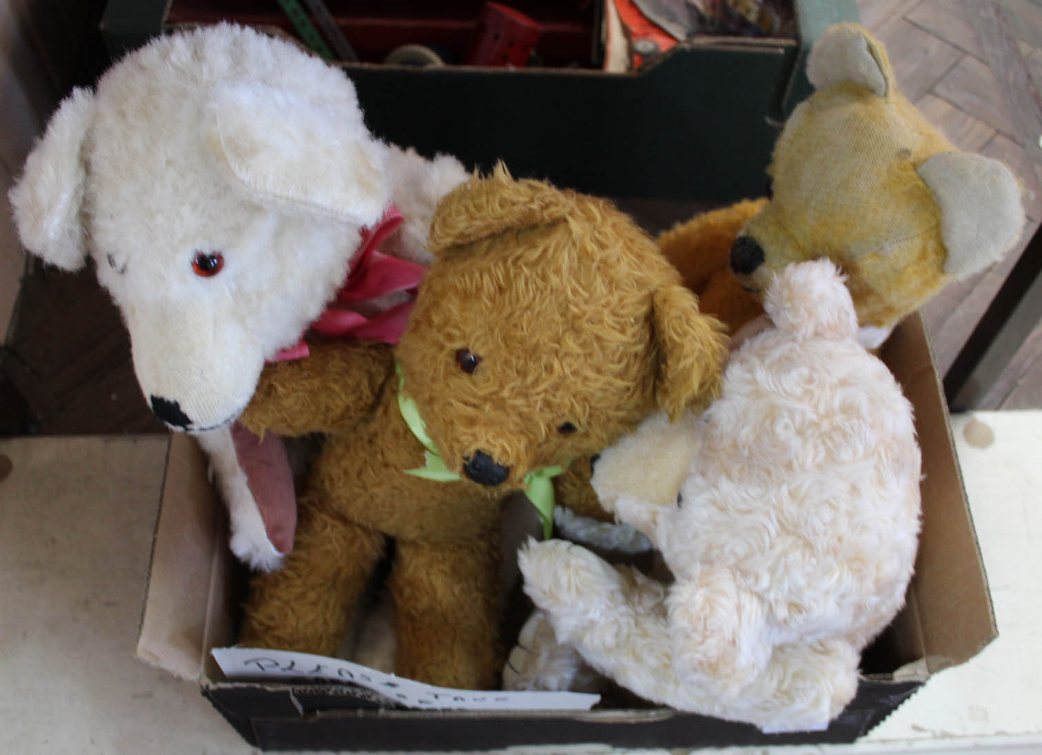 Lot 39 - Soft bears to include Pixie Toys, Bebo Blossom Toys musical Brahms lullaby,