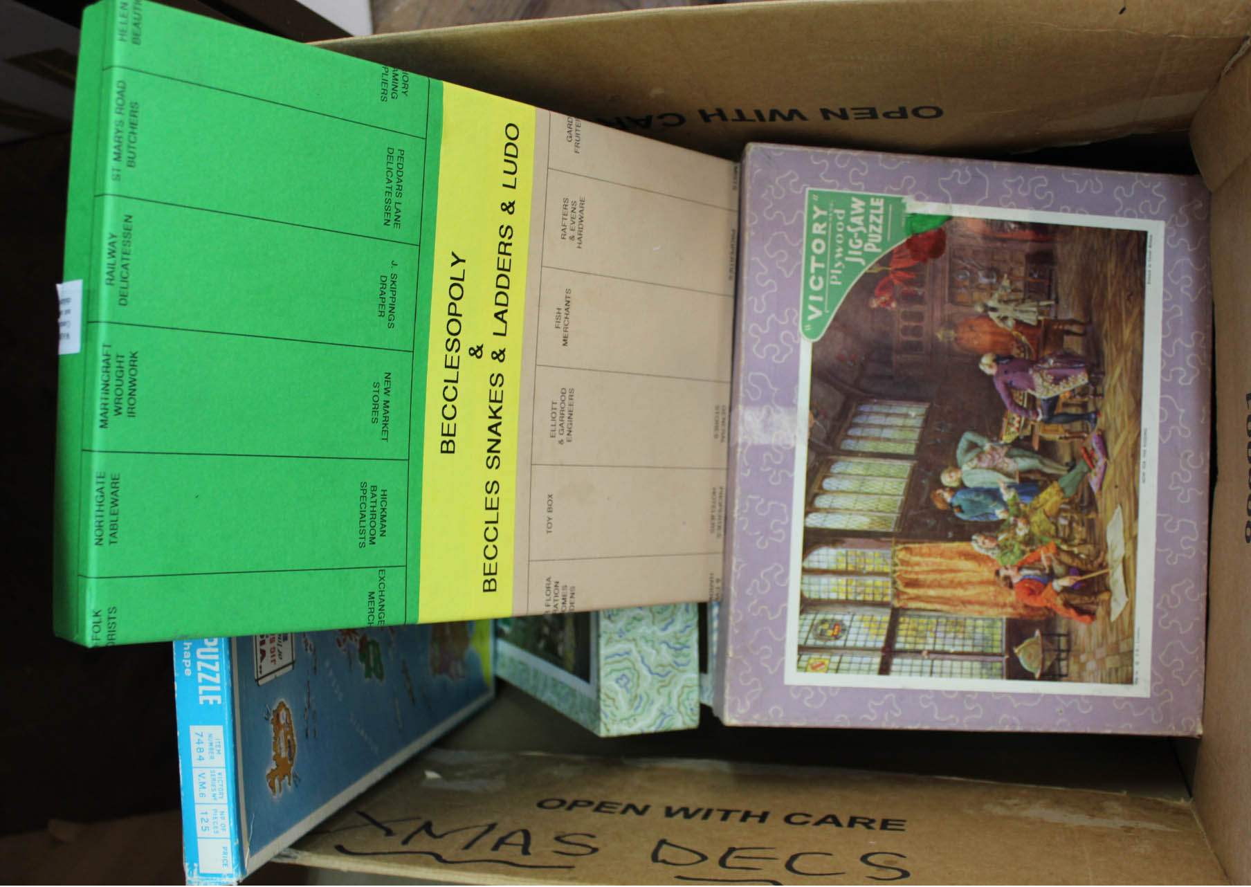 Lot 55 - Seven Victory wooden jigsaws plus a game,