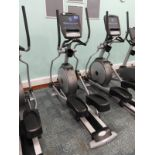 Lot 4 - *Matrix Cross Trainer with Touch Screen Digital Di