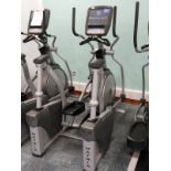 Lot 9 - *Matrix Elliptical Trainer Model:EHRUSA7XE with To