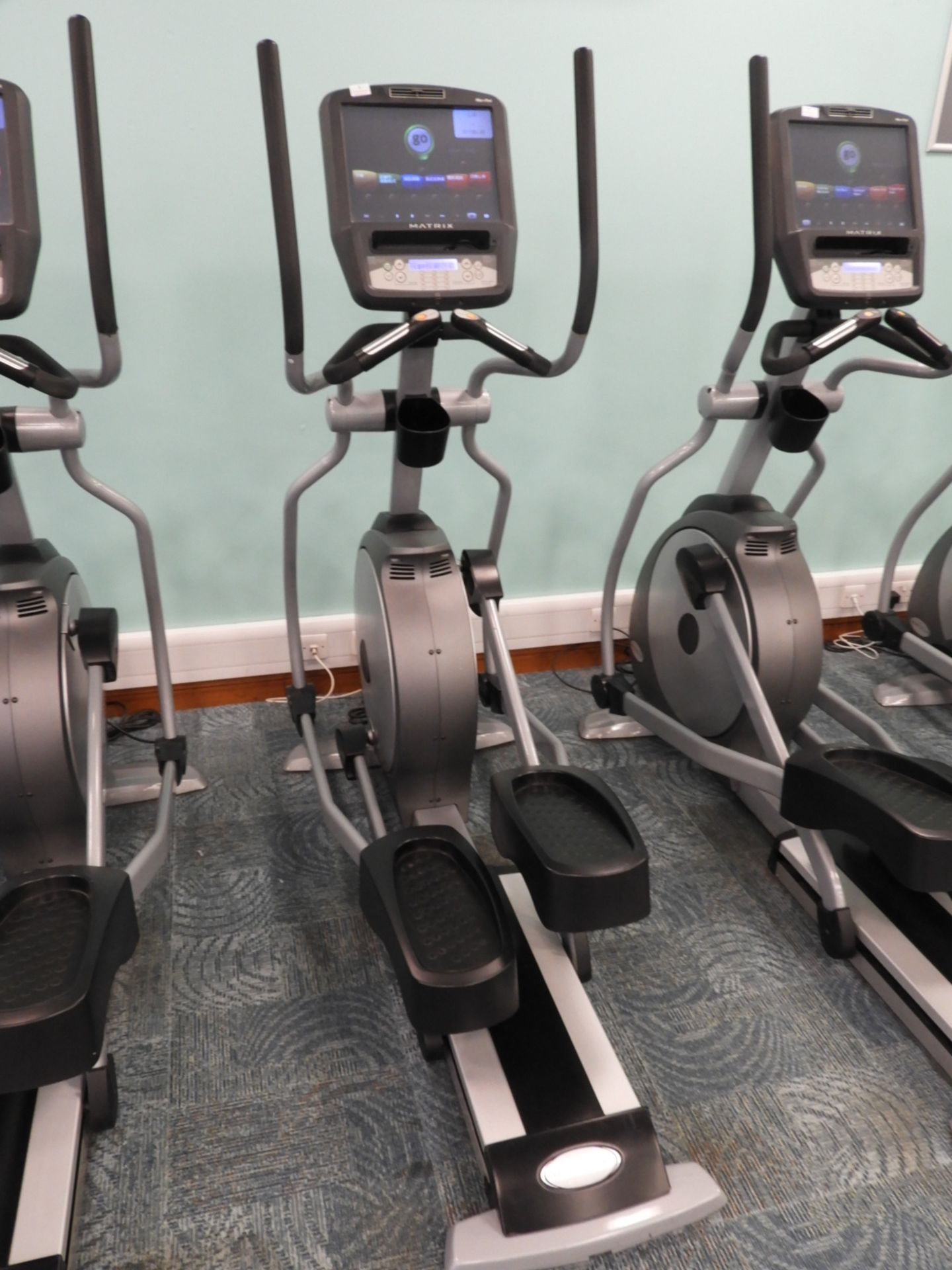 Lot 6 - *Matrix Cross Trainer with Touch Screen Digital Di