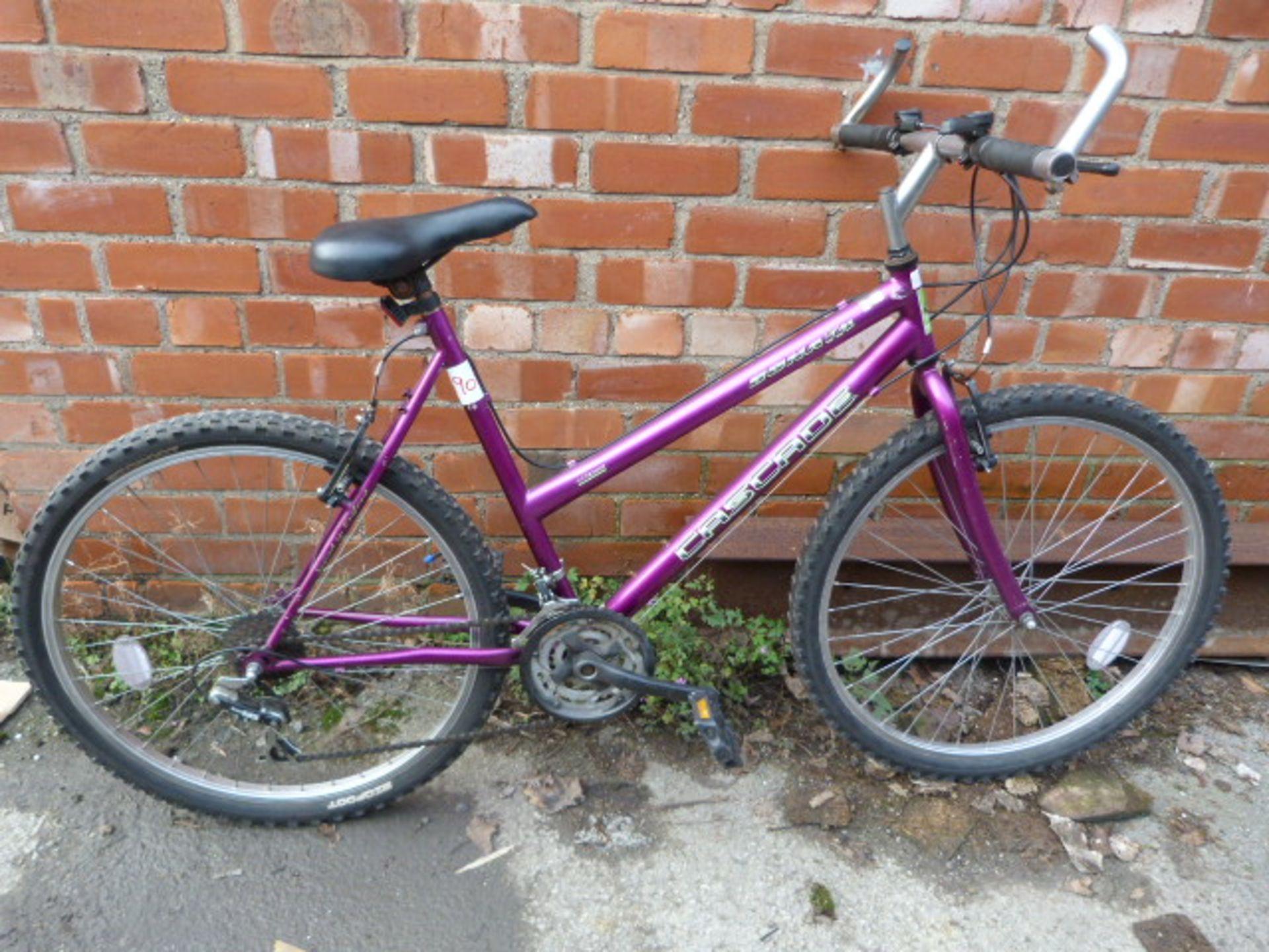 Lot 8 - Sonata Cascade Bicycle