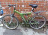 Lot 12 - Apollo Guru Bicycle
