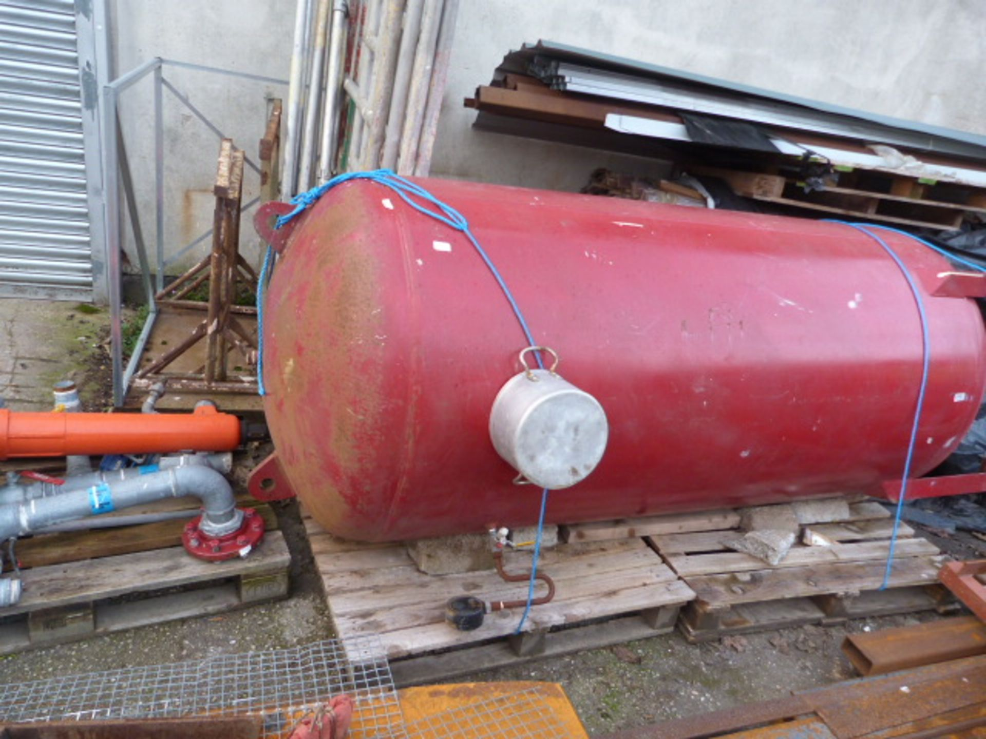Lot 31 - Large Steel Pressure Tank with Associated Pipework
