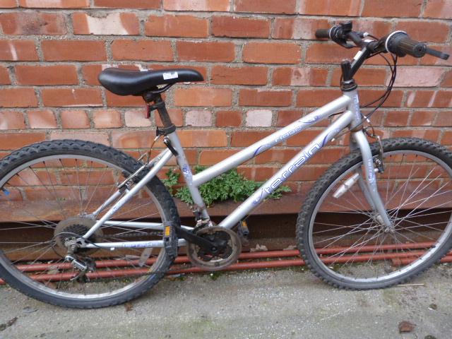 Lot 16 - Ridge Terrain Bicycle