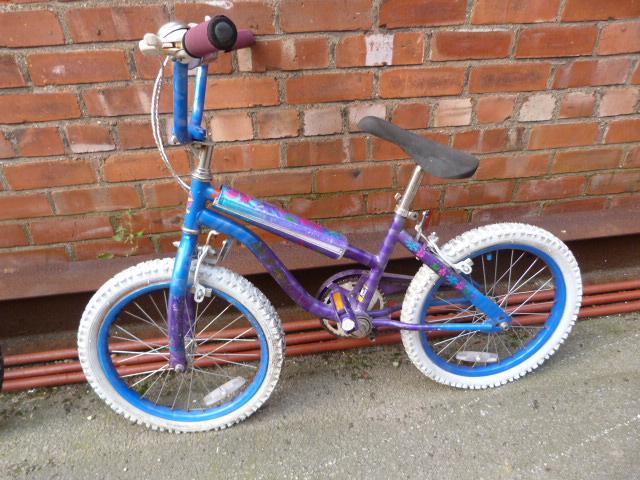 Lot 22 - Girls Bicycle