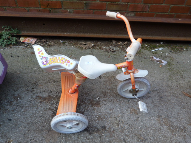 Lot 25 - Jolly Dolly Tricycle