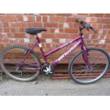 Lot 15 - Townsend Atlantis Bicycle