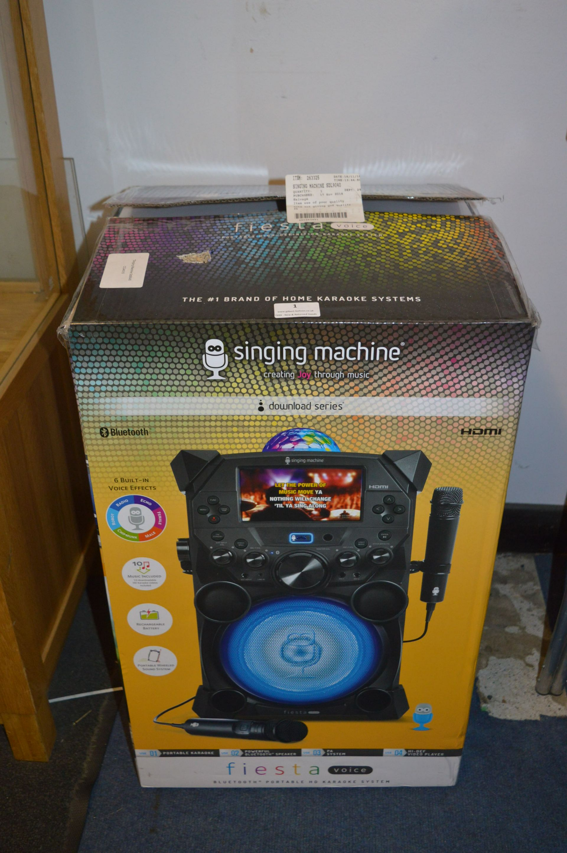 Lot 1 - *Singing Machine SDL9040