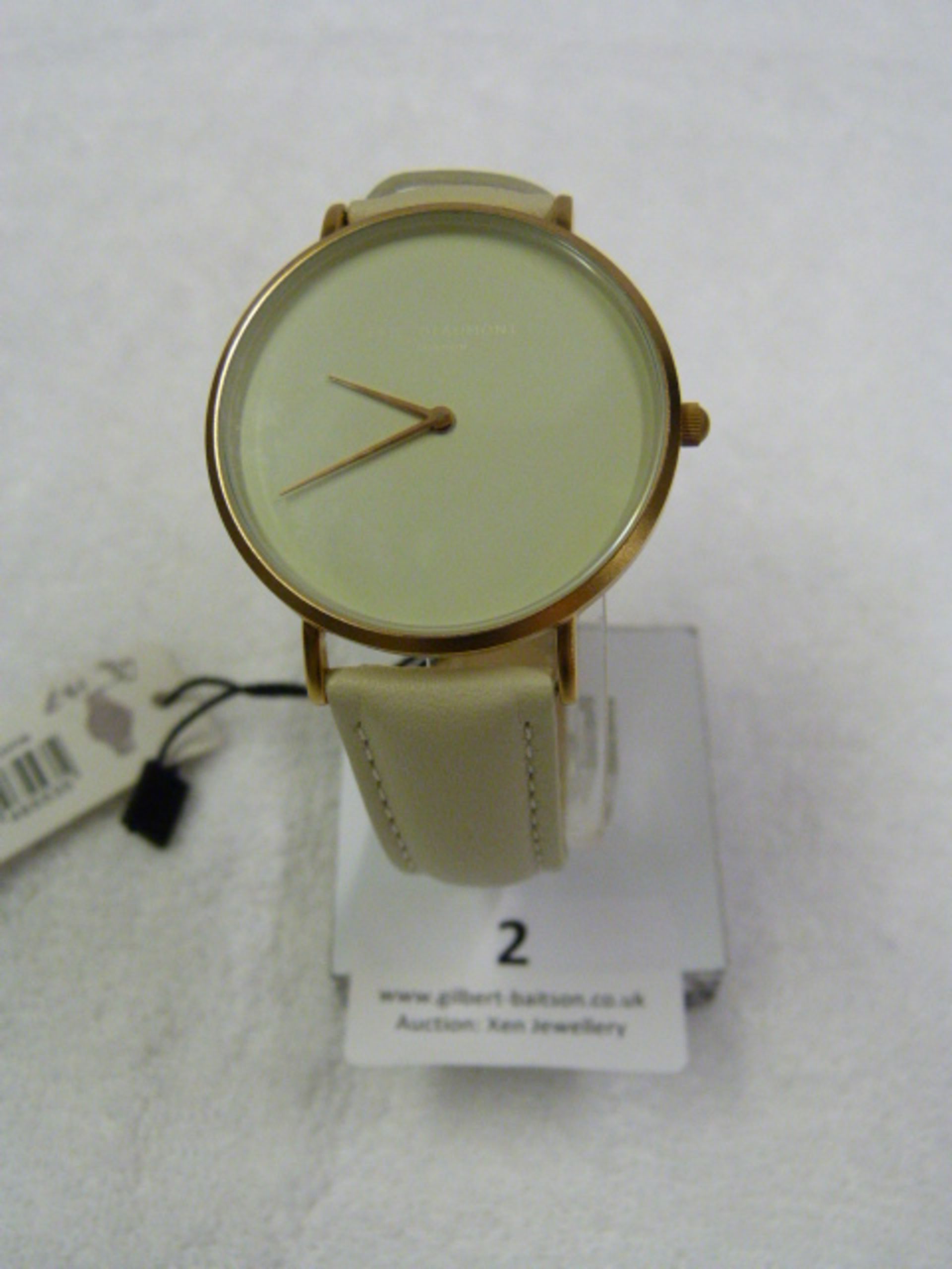 Lot 2 - *Elle Beaumont Ladies Wristwatch