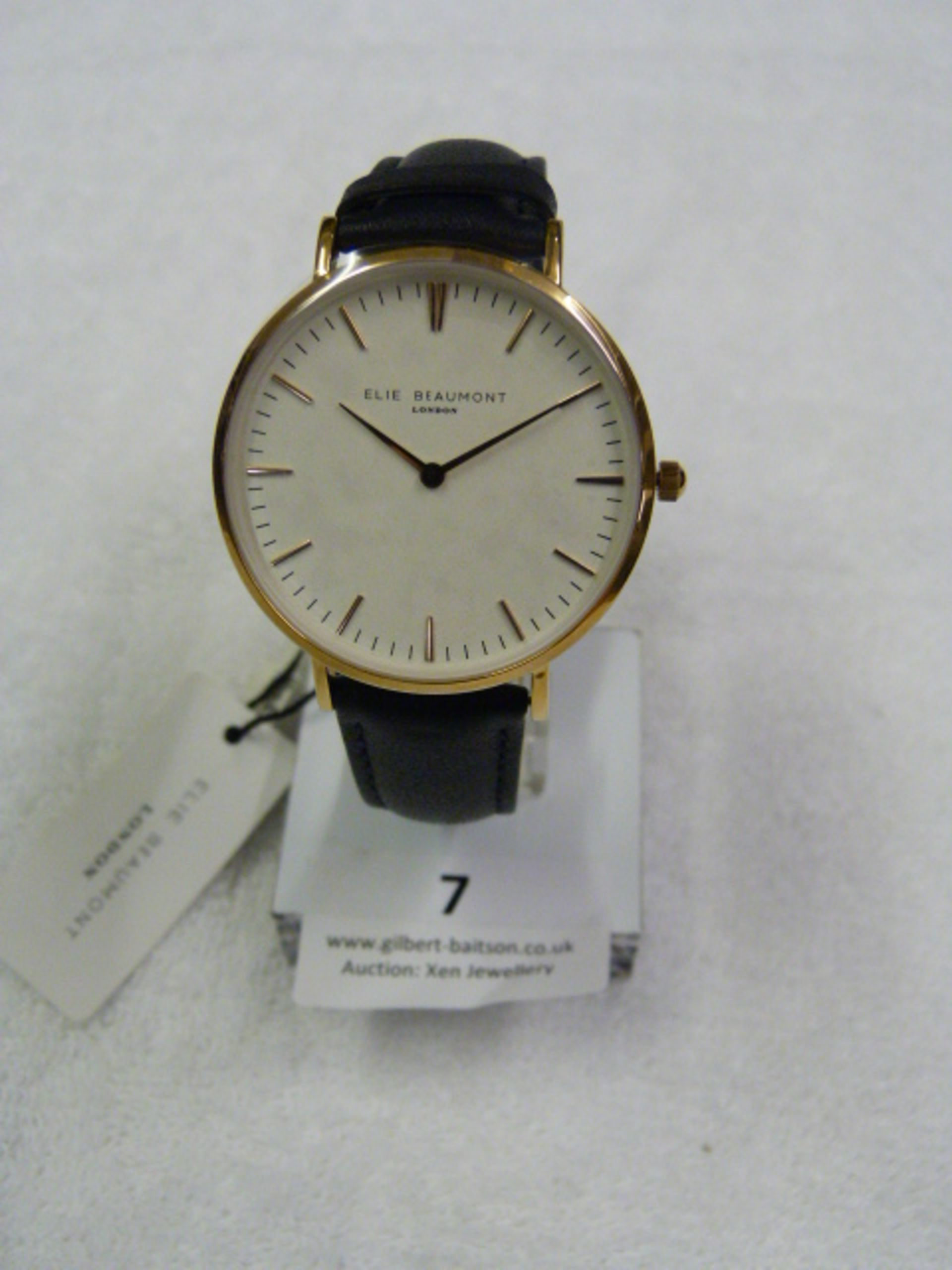 Lot 7 - *Elle Beaumont Ladies Wristwatch