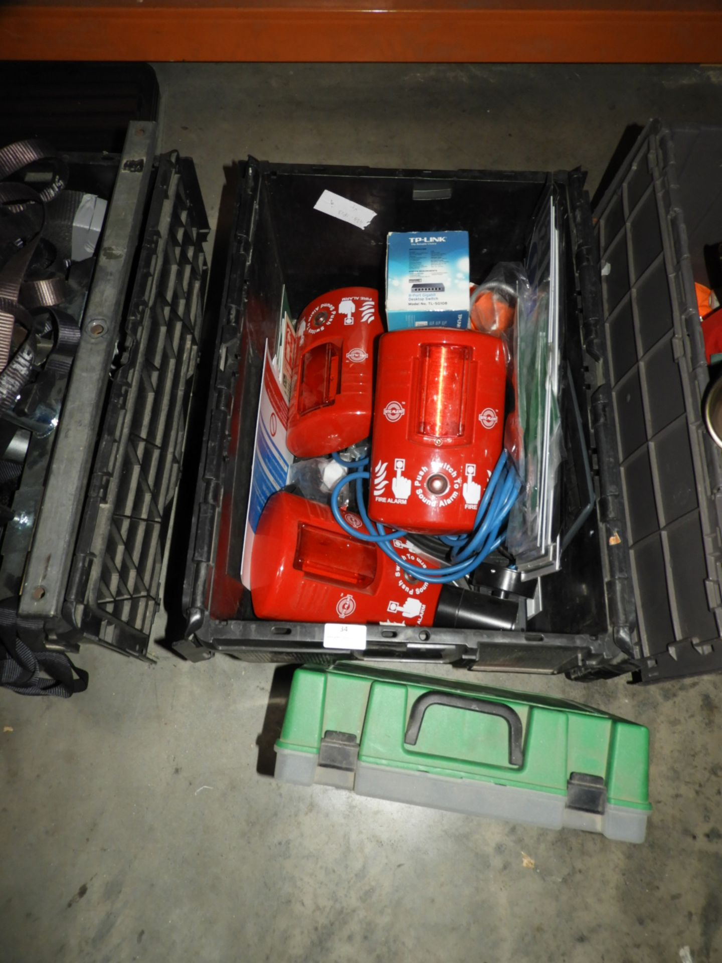 Lot 34 - *Assorted Health & Safety Equipment Including Fire