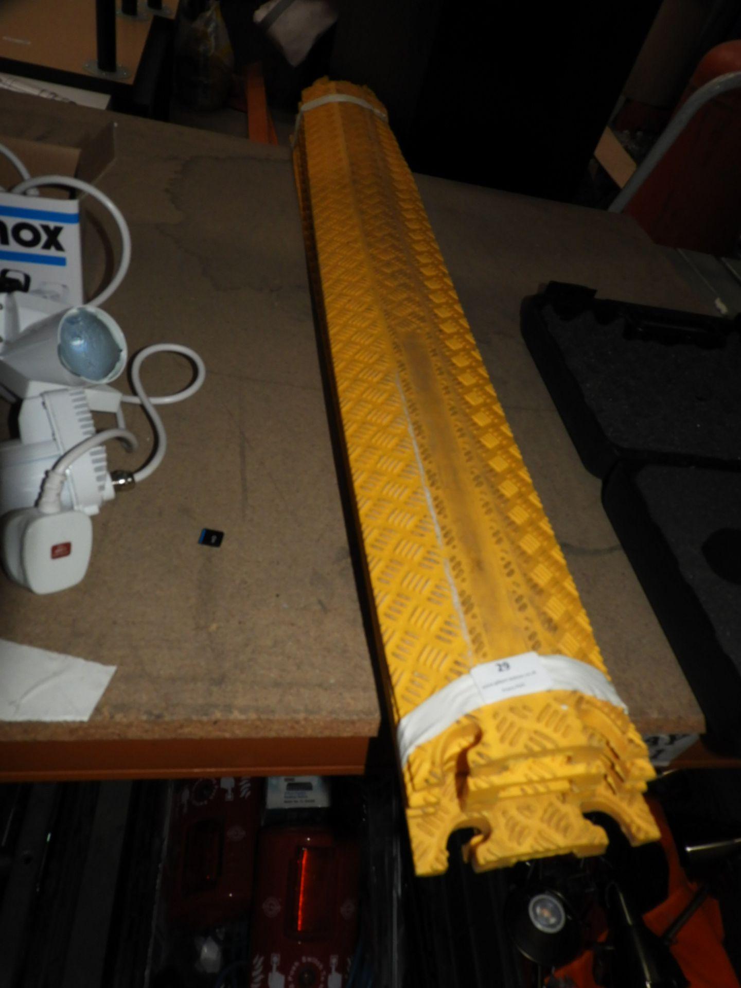 Lot 29 - *Cable Management Ducting