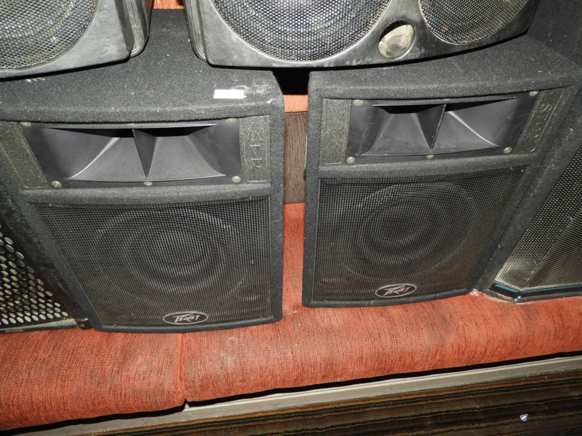 Lot 59 - *Pair of Peavey ST12 Speakers
