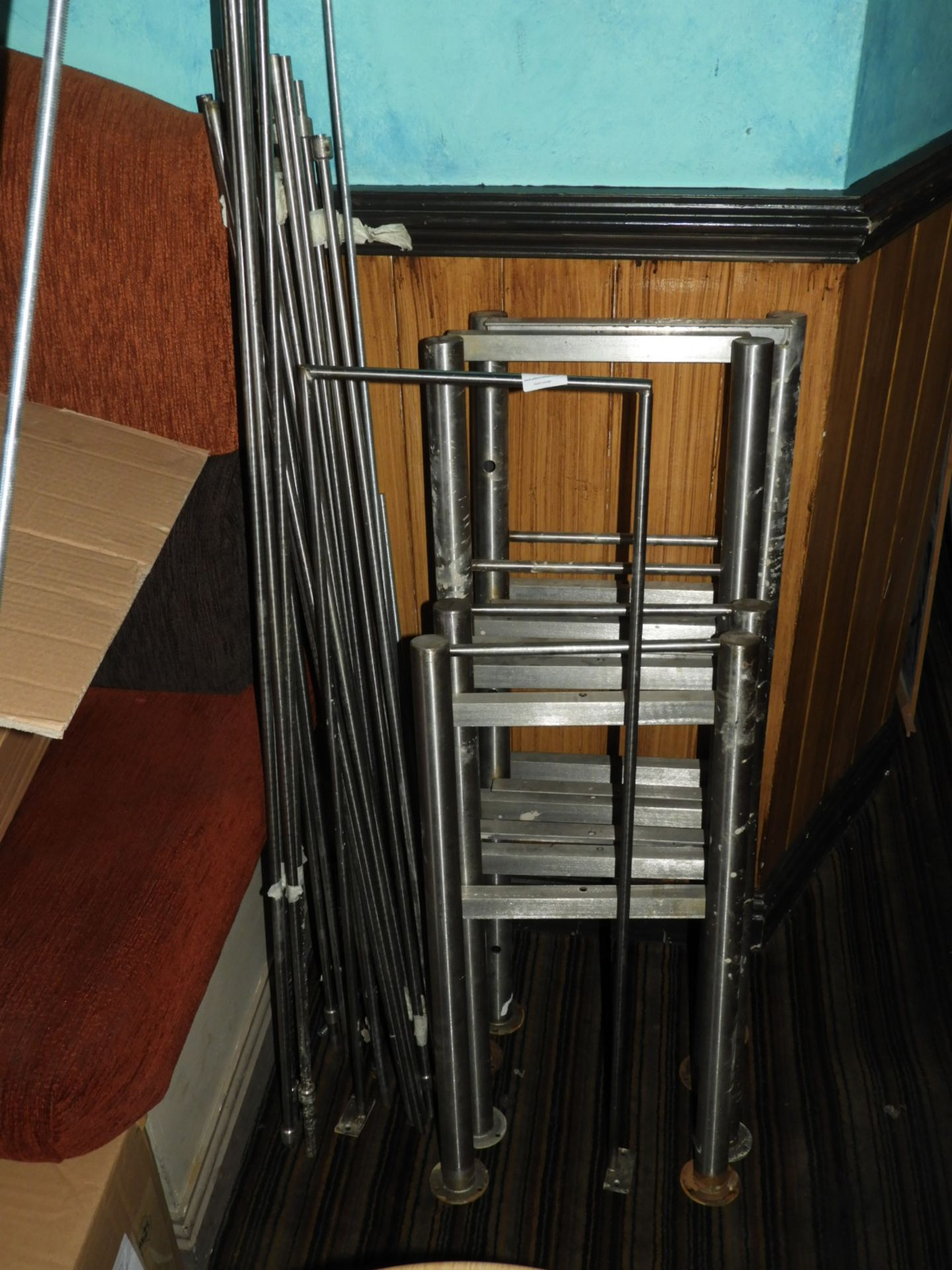 Lot 30 - *Stainless Steel Ladder Type Racking