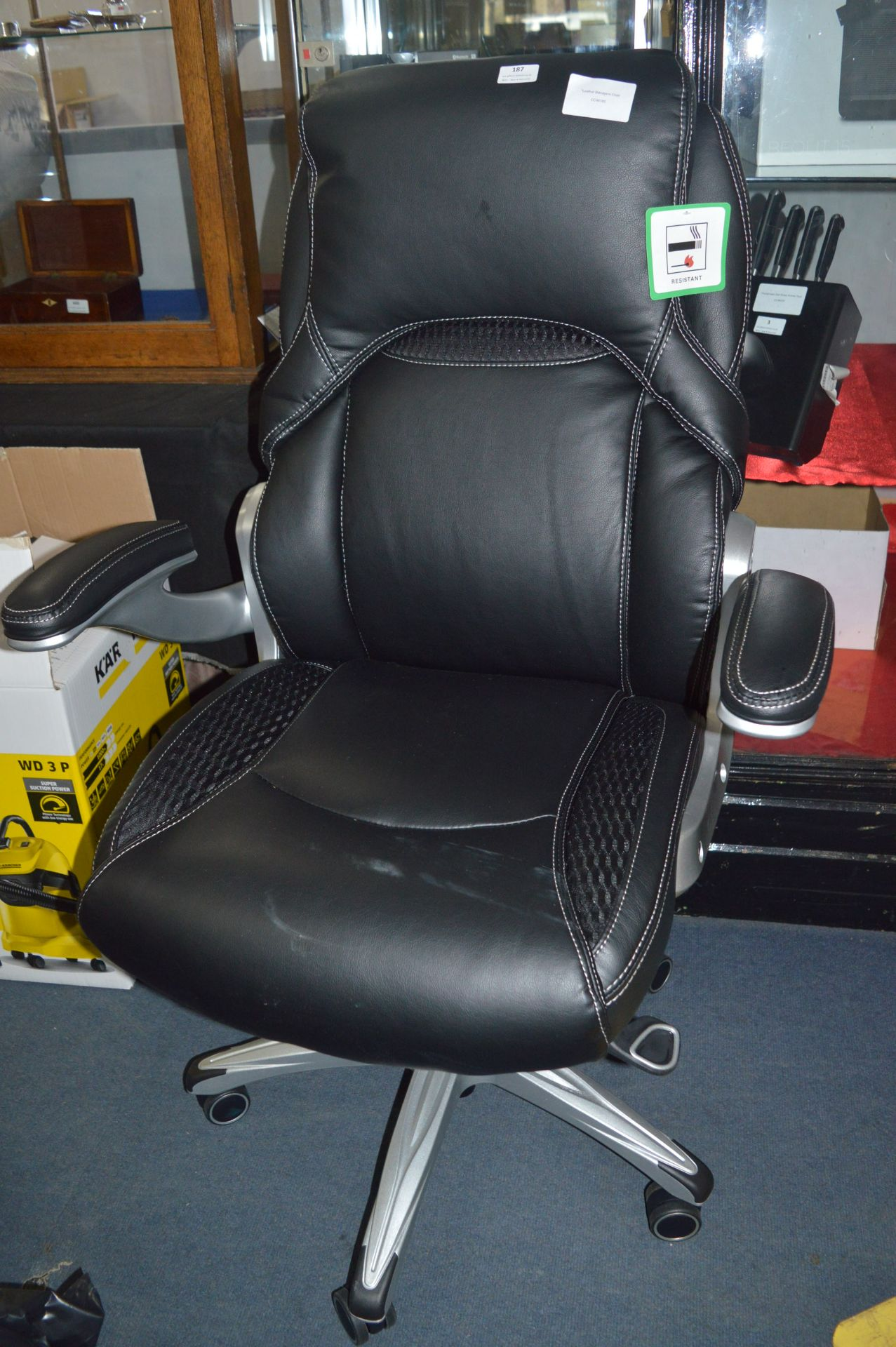 Lot 187 - *Leather Managers Chair
