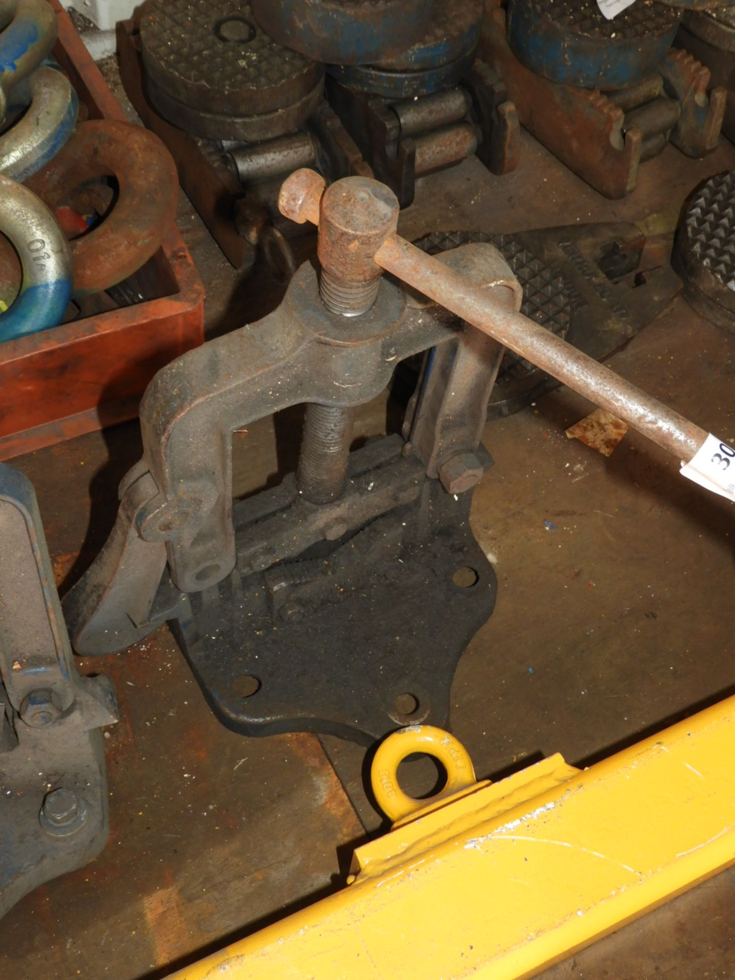 Lot 30 - *Record Pipe Vice