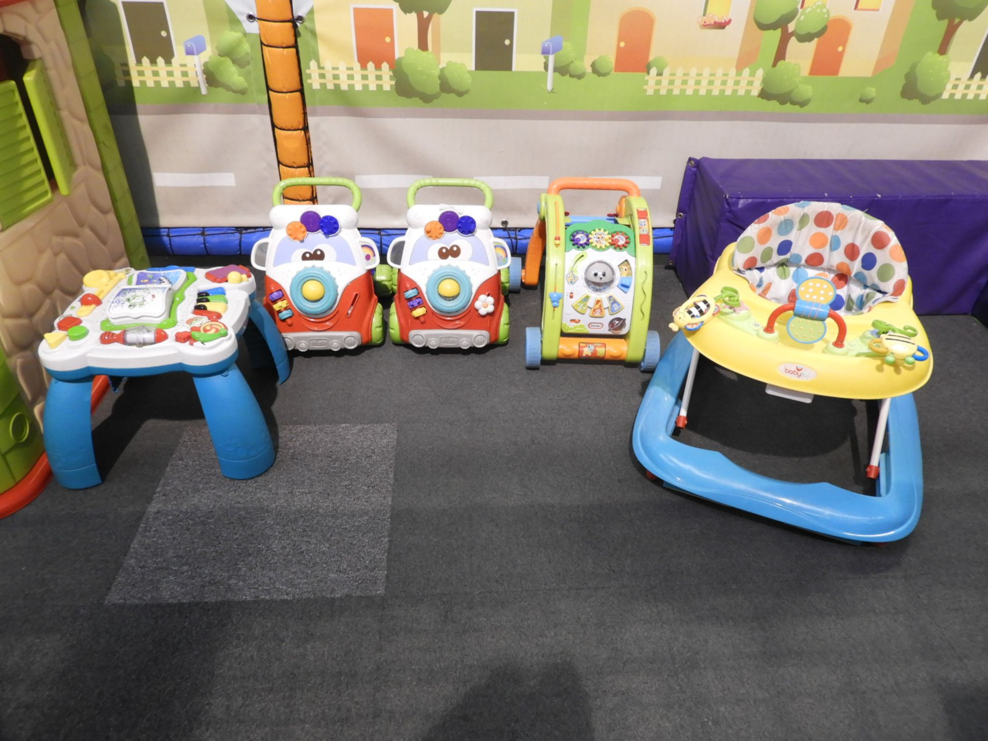 Lot 15 - *5 Assorted Toddlers Toys