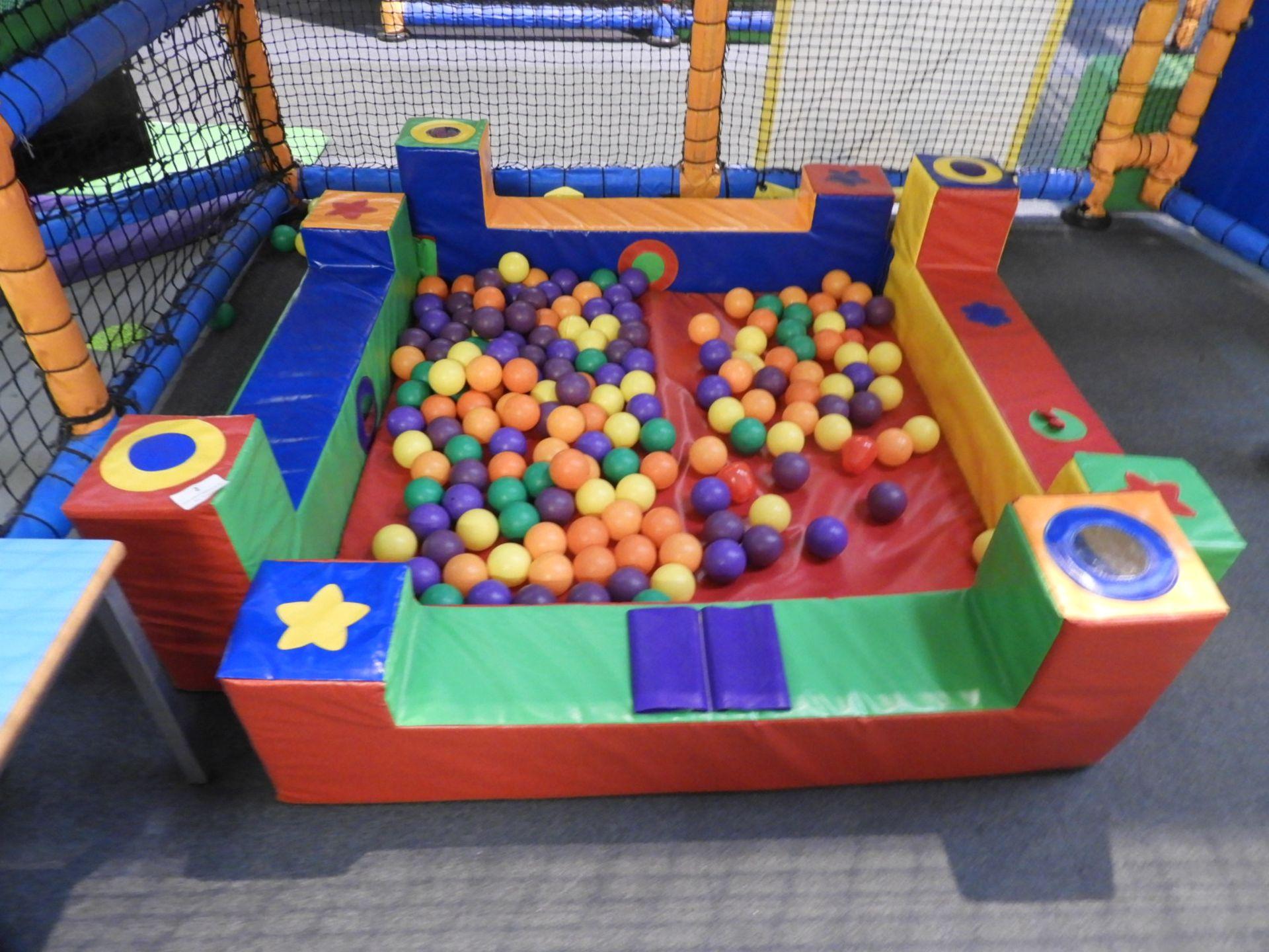 Lot 2 - *Children's Ball Pool
