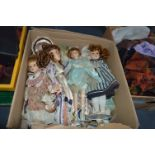 Lot 284 - Large Collection of Dolls